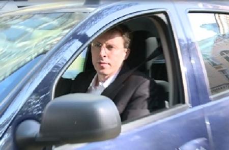 VIDEO.Chirtoaca a testat o noua masina. Cum arata bolidul pentru care este gata sa renunte la Toyota