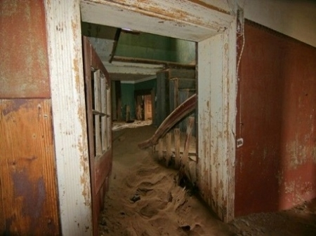 Orase fantoma! Ce istorii INCREDIBILE se ascund in spatele acestor locuri abandonate - FOTO