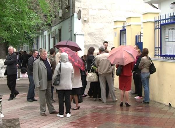 Moldovenii vor putea obtine vize Schenghen fara sa stea la coada