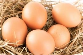 5 trucuri geniale ca sa cureti ouale fierte rapid