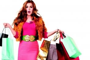 7 intrebari pe care trebuie sa ti le pui inainte sa iti cumperi o haina noua