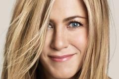 Toate Da, ea - BA! Jennifer Aniston refuza sa isi faca interventii chirurgicale inutile