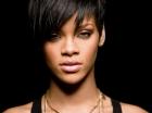 Rihanna, atrasa de o femeie! Afla pe cine a pus ochii celebra interpreta