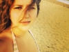 Interpreta Dara, topless la plaja! Vezi cum se distreaza cu prietenii in vacanta - FOTO