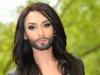 Cum isi ascunde Conchita Wurst organele genitale atunci cand pozeaza in lenjerie intima - FOTO