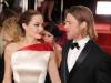 Detalii despre nunta Angelinei Jolie cu Brad Pitt! Ce rochie a purtat si cine le-a creat verighetele - FOTO