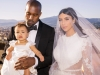 Asa s-a imbracat Kim Kardashian in noaptea nuntii! Lenjeria care l-a lasat mut de uimire pe Kanye West - FOTO