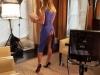 I s-a descheiat fermoarul la rochie, chiar inainte sa intre in direct! Cine e prezentatoarea - FOTO