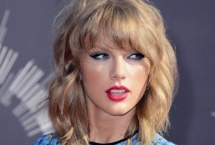 """Taylor Swift vine cu o noua piesa! Asculta aici noul single dedicat orasului in care s-a mutat de curand - """"Welcome to New York"""""""