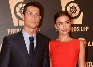 Irina Shayk, seducatoare la bratul lui Cristiano Ronaldo. Cum au aparut pe covorul rosu - FOTO