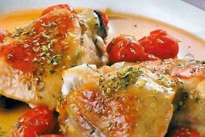 Pui delicios cu tomate, gata in 30 de minute
