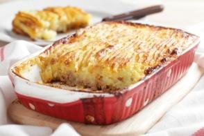 Placinta cu carne si cartofi: incredibil de gustoasa