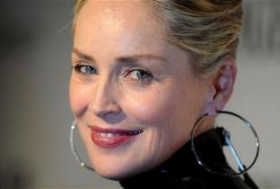 A rasarit soarele si pe strada lui Sharon Stone! Vezi cum arata noul iubit al actritei - FOTO