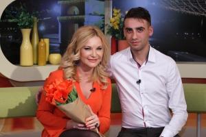 Este diplomat, dar scrie despre dragoste! Descopera blogul lui Vitalie Cipileaga, urmarit de peste 50 de mii de oameni - VIDEO