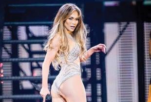 Isi stie pretul! Jennifer Lopez castiga cate 34.000 $ pe minut!