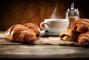 Croissantul cu unt, deliciu frantuzesc