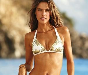 Trucuri de fitness pentru un corp de model. Afla secretele renumitului top model, Alessandra Ambrosio - FOTO
