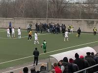 VIDEO. FOTO. BATAIE IN MASA intre fanii echipelor de fotbal Zimbru si Milsami, pe un stadion din capitala. Politia si medicii, la fata locului