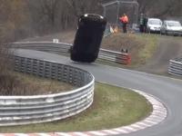 Accident horror pe circuitul de la Nurburgring. Un spectator a murit dupa ce o masina s-a rasturnat si a rupt gardurile