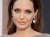 Angelina Jolie, prima aparitie in public de la extirparea ovarelor! Iata cum arata - VIDEO