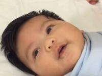 Metoda prin care poti adormi un bebelus in mai putin de UN MINUT. Un tata a descoperit asta, intamplator. VIDEO