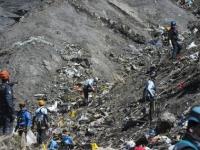 O femeie a pretins ca este ruda cu o victima a tragediei din Alpi pentru a obtine zboruri gratuite