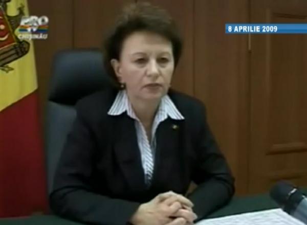 VIDEO MEMORABIL. Zinainda Greceanii in 2009 ameninta ca politia va folosi armele impotriva protestatarilor
