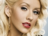 Are talent sau este haioasa? Christina Aguilera le-a imitat pe Cher, Britney Spears si Shakira - VIDEO