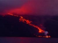 Vulcanul Wolf a erupt dupa 33 de ani de inactivitate. Imagini spectaculoase in Galapagos