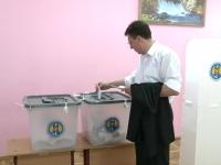 VOTUL POLITICIENILOR. Cum au votat Dorin Chirtoaca, Oazu Nantoi, Zinaida Greceanii, Serafim Urechean, Monica Babuc si Vasili Chirtoca - VIDEO