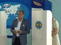VOTUL POLITICIENILOR. Cum au votat Mihai Ghimpu, Igor Dodon, Marian Lupu si Vladimir Voronin - VIDEO