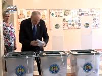 VOTUL POLITICIENILOR. Cum au votat presedintele statului Nicolae Timofti si presedintele Parlamentului, Andrian Candu - VIDEO