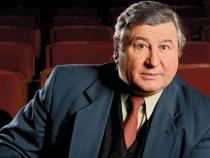 Intalnire emotionanta dupa 50 de ani! Cine l-a facut sa planga pe directorul teatrului de revista Ginta Latina, Tudor Tarna - VIDEO