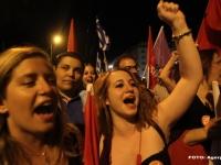 """Grecia a spus NU austeritatii. Tsipras: """"Am scris o pagina glorioasa din istoria Europei."""" Cum au sarbatorit grecii """"Nu-ul"""" - VIDEO"""