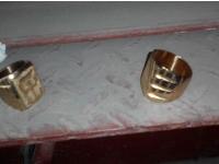 1150 de inele de metal AURIT, confiscate de vamesi. Femeia care a incercat sa treaca ilegal 10 kg de BIJUTERII la frontiera romana, RETINUTA - FOTO