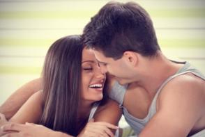 4 semne ca te iubeste cu adevarat. Vezi care sunt - FOTO