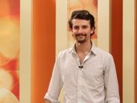 Are 23 de ani si este un tanar actor stabilit de ani buni la Paris, pasionat de muzica, modeling si management. De ce a revenit la Chisinau - VIDEO