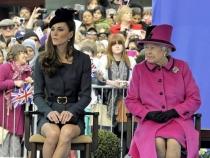 Ducesa de Cambridge, Kate Middleton ia lectii de dans la bara. Regina e furioasa