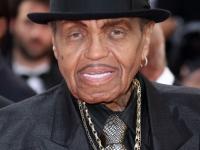 Tatal lui Michael Jackson, la un pas de moarte. Barbatul a fost spitalizat in Brazilia dupa un accident vascular cerebral