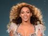 S-a facut de ras! Beyonce a purtat o rochie extrem de stramta, incat nu putea sa mearga - FOTO