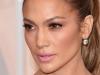 Jennifer Lopez, atunci cand nu stie ca e vanata de paparazzi! Iata cum a fost surprinsa - FOTO