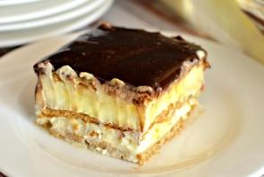 Tort fara coacere, gata in cinci minute. Este cel mai bun desert din lume - VIDEO