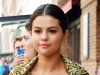 A vrut sa-si salute fanii, dar s-a observat altceva. Detaliul dintr-o poza cu Selena care i-a adus 1.5 mil de like-uri