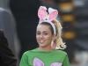 Miley Cyrus, cu bustul acoperit doar de paiete intr-o emisiune. Ce a vazut intreaga lume - VIDEO