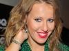 S-a dezlantuit alaturi de doi barbati! Cum si-a facut de cap Ksenia Sobchak in lipsa sotului sau - VIDEO