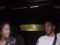 """Experiment social. Un tanar dovedeste cat de usor se urca unele tinere in masina unui strain, """"pentru ca pare dragut"""" - VIDEO"""