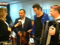 Fratii Advahov, recent intorsi de la botezul fiicei lui Catalin Maruta, se pregatesc impreuna cu orchestra si Alex Calancea Band pentru concertul de maine. Afla unde va avea loc acesta - VIDEO