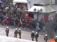 Grecii, din nou in greva generala, dupa ce creditorii le-au plafonat pensiile la 2.300 de euro. Ce prevede noua reforma