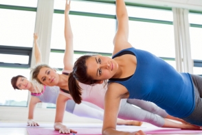 Exercitii pilates pentru solduri si fund! Uite cum sa iti tonifici corpul