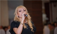 Lovitura neasteptata pentru Adriana Ochisanu! A cerut 500 de euro pentru un concert iar acum... - FOTO